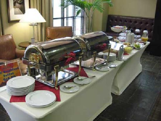 Sheraton Baltimore Washington Airport Hotel - BWI: Breakfast buffet