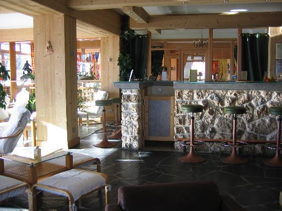 Le Castillan : Hotel bar