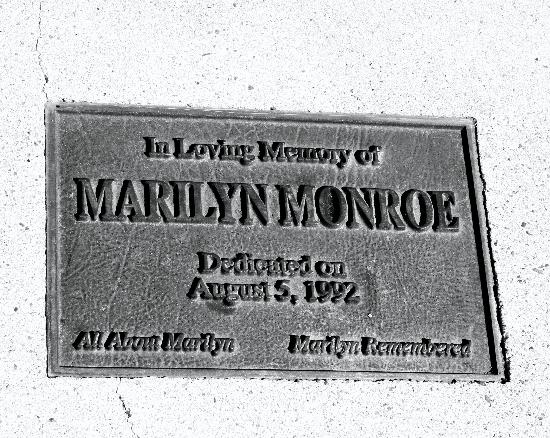 Pierce Brothers Westwood Village Memorial Park and Mortuary : Marilyn Plaque