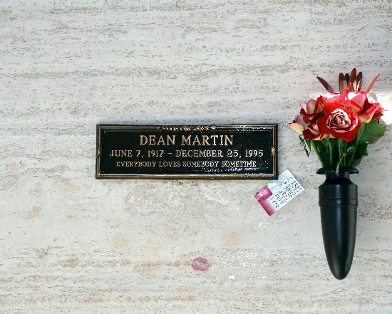 Pierce Brothers Westwood Village Memorial Park: Dean Martin