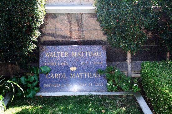 Pierce Brothers Westwood Village Memorial Park : Walther Matthau