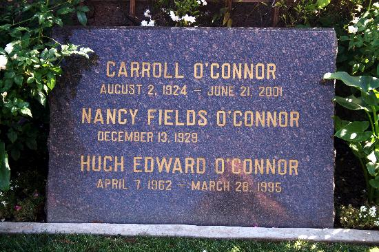 Pierce Brothers Westwood Village Memorial Park : Carroll O'Connor