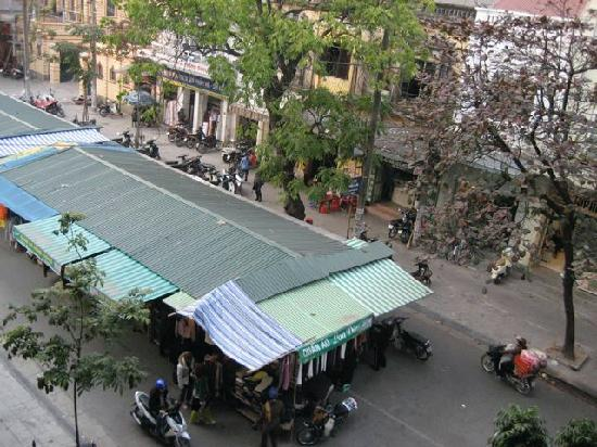 Hanoi Serenity Hotel: view from the room