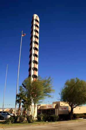 World's Tallest Thermometer: Big Thermometer
