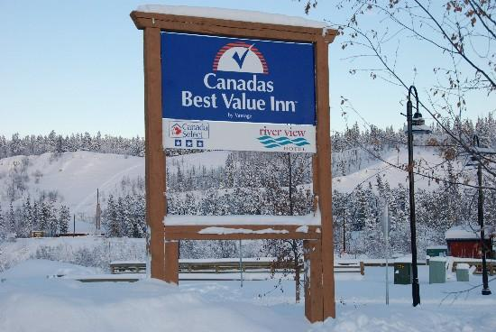 Canadas Best Value Inn: River View Hotel