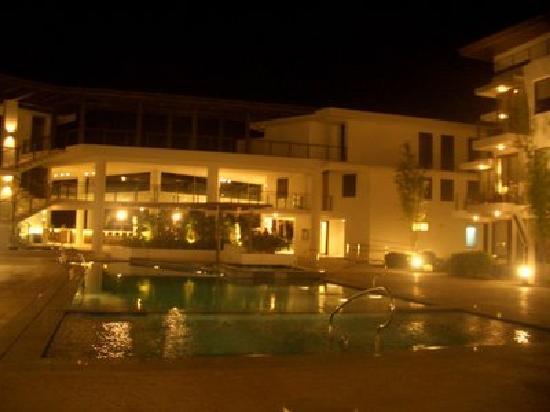 Discovery Shores Boracay: great hotel