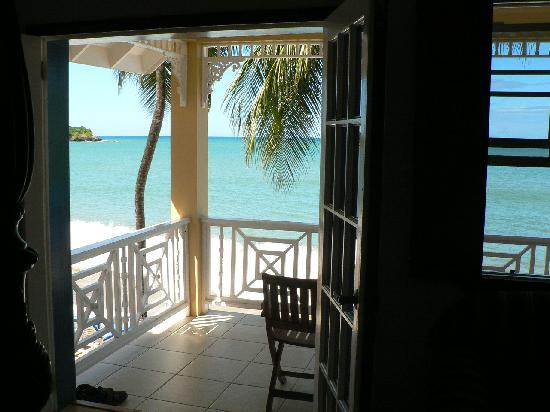 Villa Beach Cottages : Before your feet hit the floor you wakeup each morning to this view.