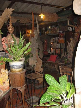 Pak Chiang Mai: Huen Phen - great restaurant near-by