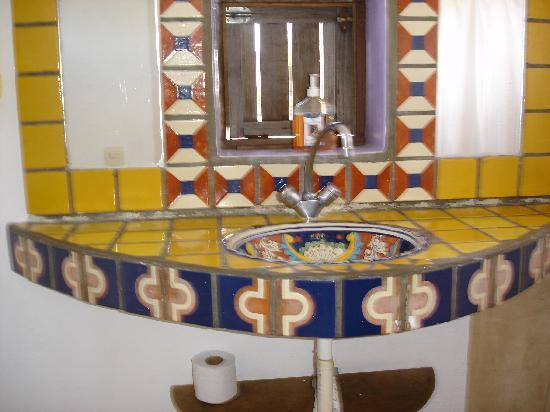 Amaranto Bed and Breakfast: bathroom