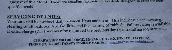 Clearwater Motor Lodge: They charge $15 extra for normal service!!!