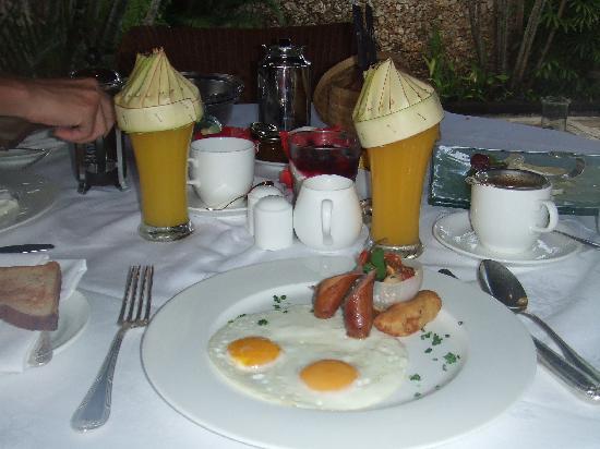 The Oberoi Bali : breakfast