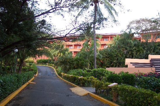 Barcelo Montelimar: Main building....