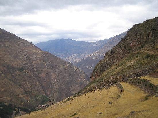El Huerto Paraiso Sacred Valley Lodge: discover and explore Incan and pre-Incan sites