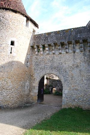 Chateau de Forges: Entrance to another time, at Chateau do Forges