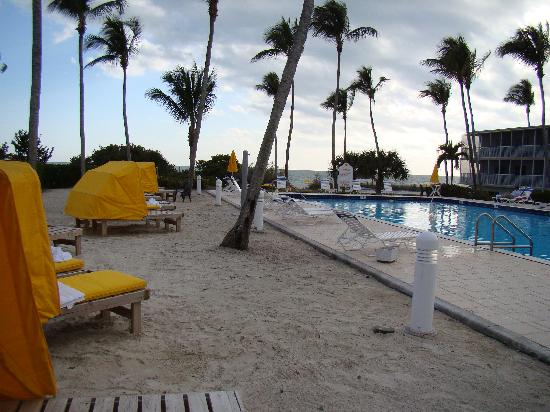 Sunset Beach Inn Poolside