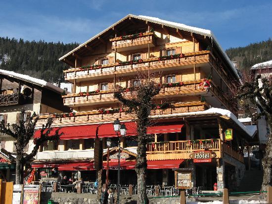 Logis La Croix Saint-Maurice Hotel: l'hôtel