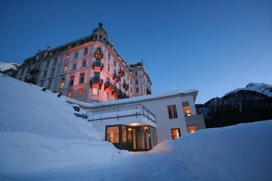 Grand Hotel Kronenhof: Hotel front view