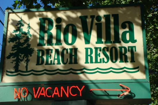 Rio Villa Beach Resort: Ron is a great host and runs a clean inn