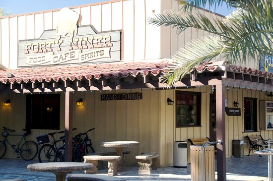 Forty-Niner Cafe at the Furnace Creek Ranch: Forty Niner Cafe