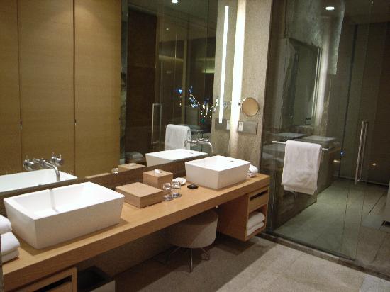 Park Hyatt Seoul: bathroom