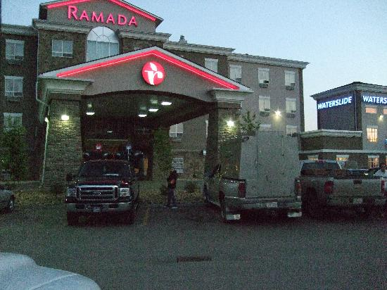 Ramada Drumheller Hotel and Suites: L'ingresso