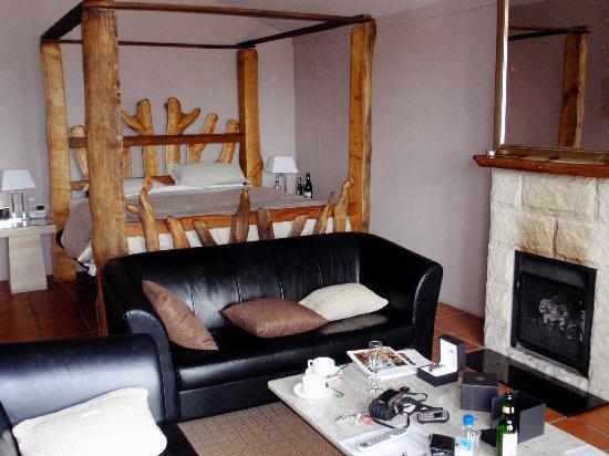 Spicers Vineyards Estate: Comfortable bed