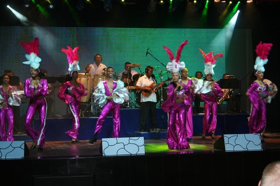 Iberostar Grand Hotel Bavaro : The tropical show in the theater