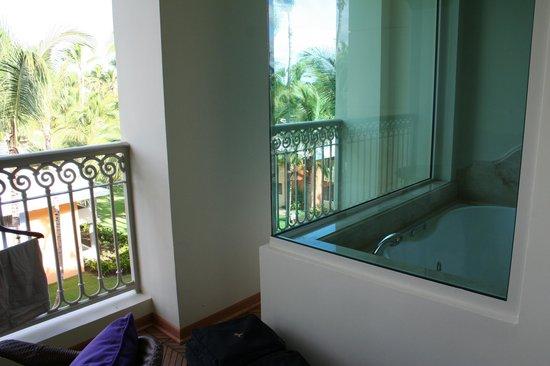 Iberostar Grand Hotel Bavaro: jacuzzi tub surrounded by windows