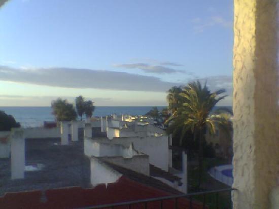 Rio Marinas Apartamentos : view out to sea from balcony