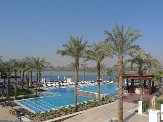 Hilton Luxor Resort & Spa : View of main pool