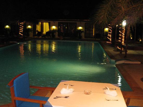 Blue Garden Resort & Spa : Blue Garden by night