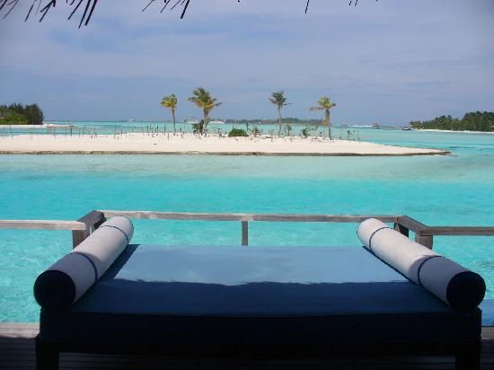 Anantara Veli Maldives Resort: The Upper Terrace