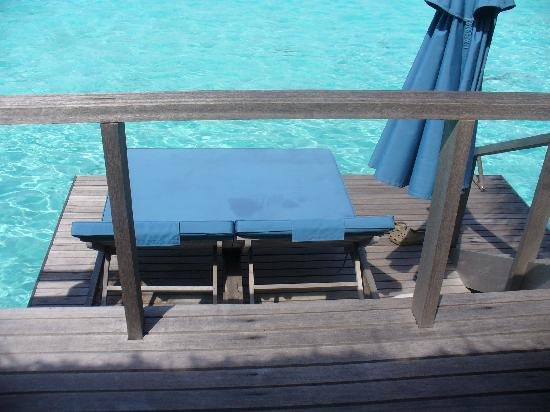 Anantara Veli Maldives Resort: The Lower Terrace