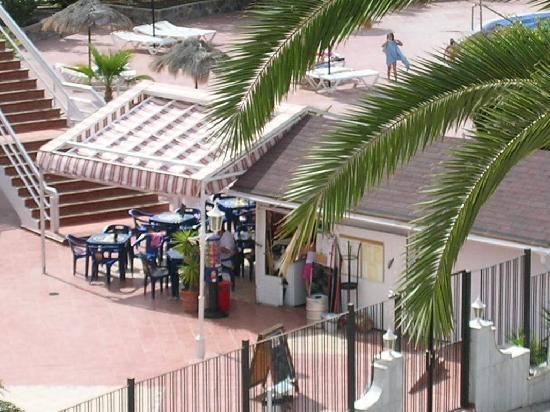 Castalia Vistamar: pool bar