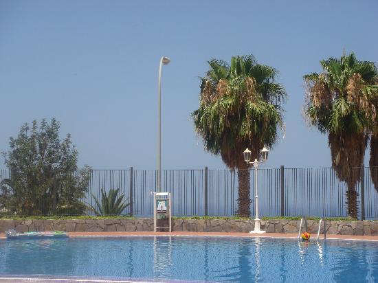 Castalia Vistamar : pool view 1