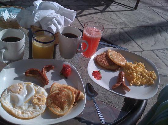 Hotel Casa La Capilla: Delicious breakfast