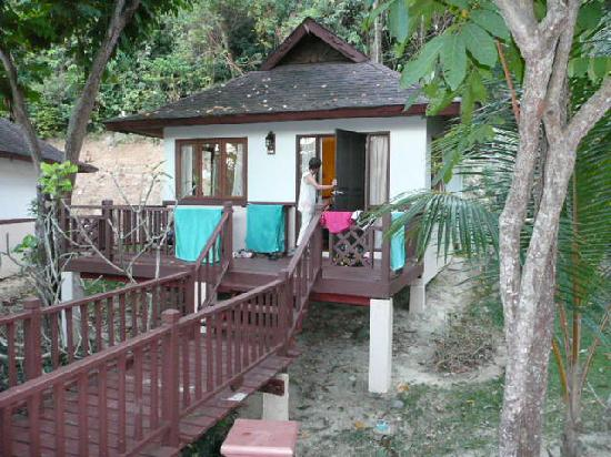 garden bungalow picture of holiday inn resort phi phi. Black Bedroom Furniture Sets. Home Design Ideas