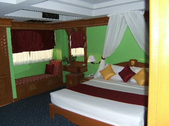 Hotel Ibiza: a room
