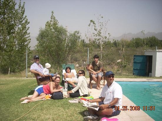 Casa Franca, posada de campo: Disfrutando de un día de sol en la pileta
