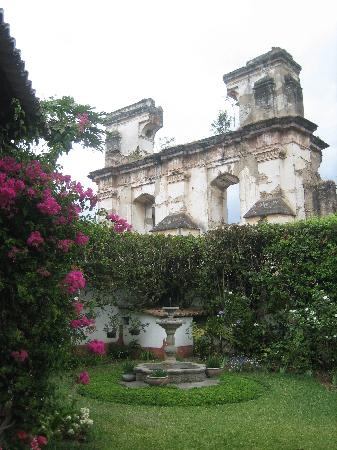 Hotel Casa Concepcion: view from the frontyard