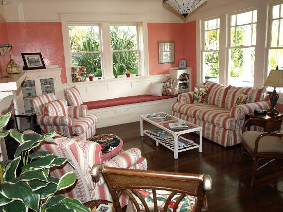 Palm Beach Hibiscus: The Sitting Room