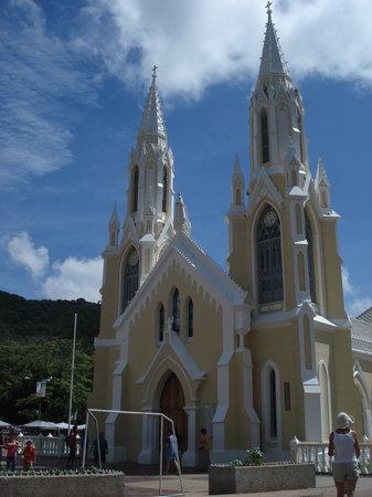 Isla Margarita, Venezuela: iglesia de n. del valle
