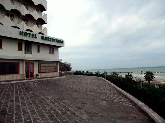 Hotel Meridiano Termoli: The Hotel