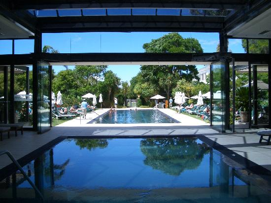 Vineyard Hotel: The stunning pool area