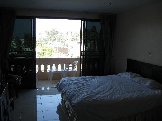 Surin Sunset Inn: bedroom
