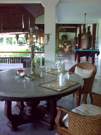 Rumah Sleman: Private dining area in front of our room