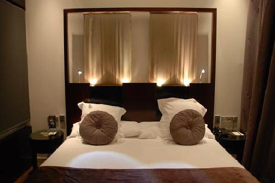 Nice Bed Picture of Vincci Palace Valencia Valencia