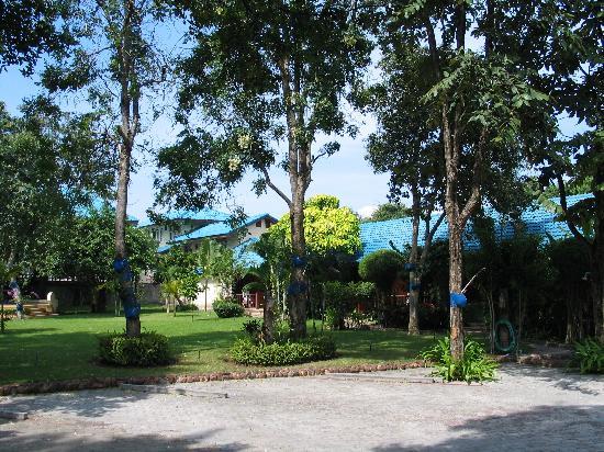 Chomtawan Resort : The Garden