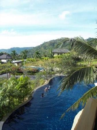 Rising Sun Residence: der Pool