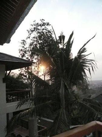 Rising Sun Residence: Abendstunden